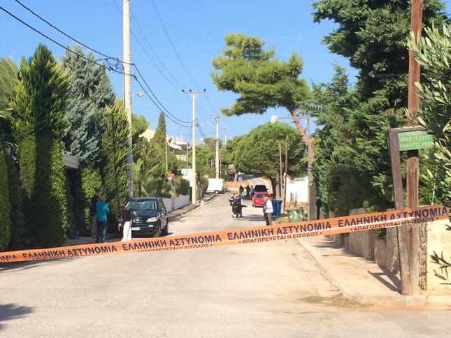 Περίεργη έκρηξη στη Βουλιαγμένη κοντά στο σπίτι του Πάνου Καμμένου