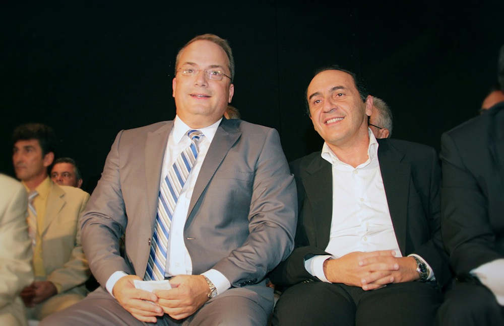 Με ψήφους Κωνσταντέλλου - Πανά το δάνειο 4,5 εκατ. στα 3Β