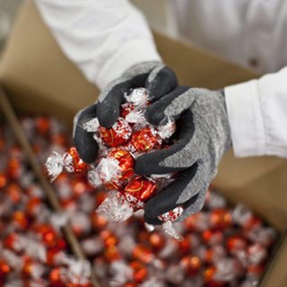 Τα «ξωτικά των χριστουγέννων» κλέψανε 260 τόνους σοκολατάκια αξίας 1,5 εκατομμυρίου ευρώ