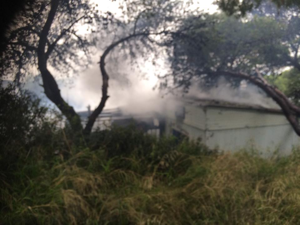 Στο Καβούρι η πρώτη φωτιά του 2015 (photos)
