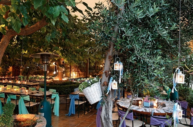Στο Ελληνικό γλεντούν οι Μανιάτες των νοτίων προαστίων