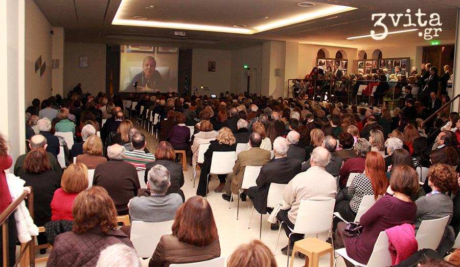 Πλήθος κόσμου μαγνήτισε η Ελένη Αρβελέρ στη Βουλιαγμένη