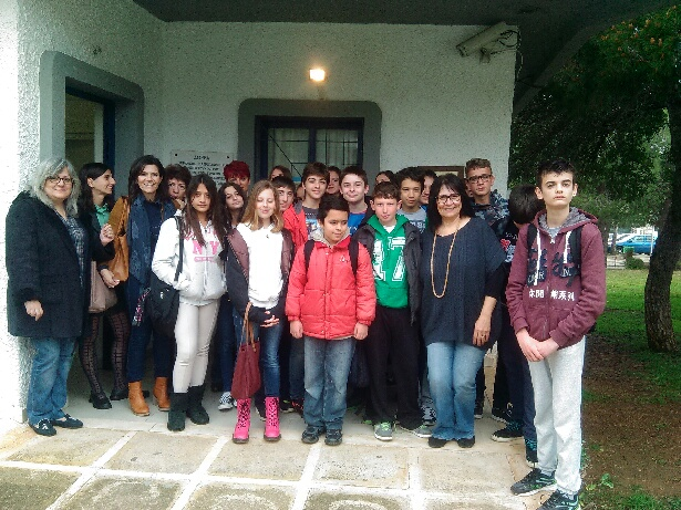 Ενισχύουν το Κοινωνικό Φαρμακείο οι μαθητές της Βούλας