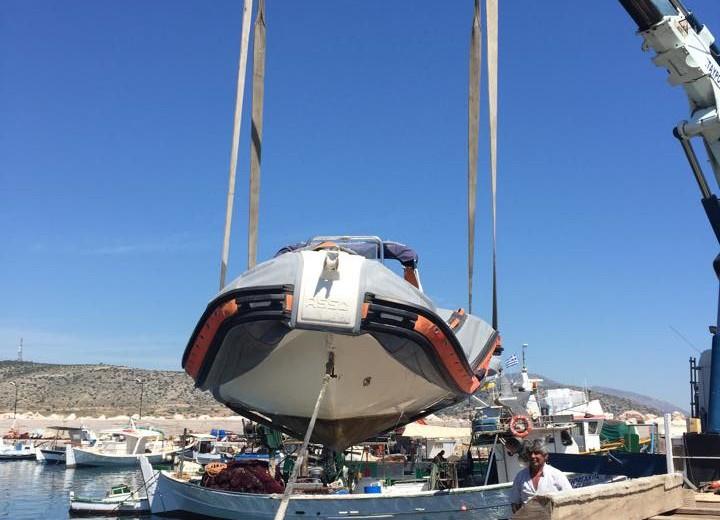 Βανδαλισμός σκάφους στη Βάρκιζα