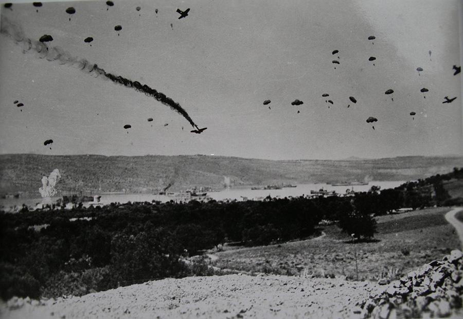 Η Ένωση Κρητών Βάρης Βούλας Βουλιαγμένης για τη μάχη της Κρήτης