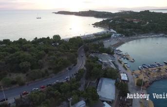 Εκπληκτικά πλάνα από drone: Η Βουλιαγμένη από ψηλά