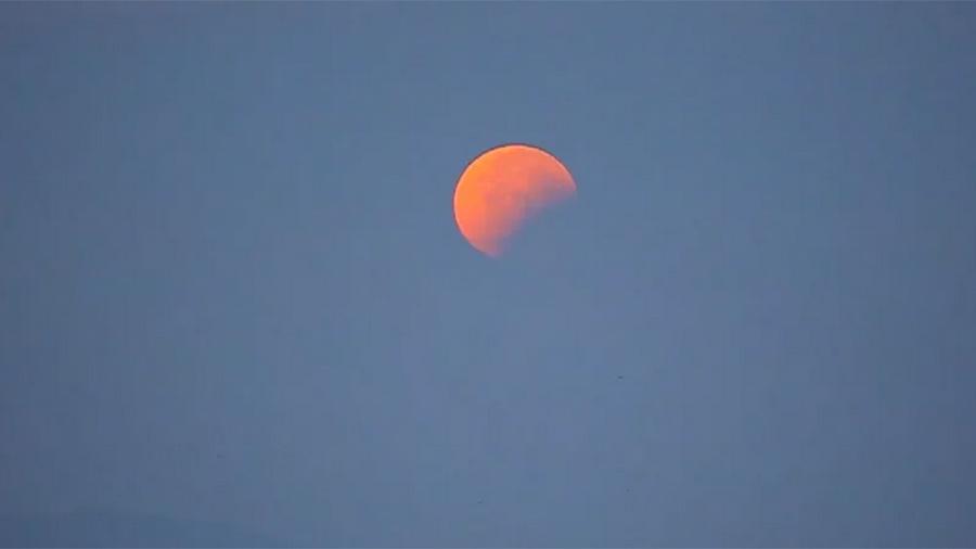 Βίντεο της ολικής έκλειψης υπερπανσελήνου από το Καβούρι
