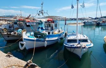 """""""Καμπάνες"""" σε ψαράδες της Βάρκιζας αποφασίζει το Δημοτικό Συμβούλιο"""