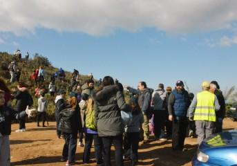 8.000 μικρά δέντρα φύτεψαν οι μαθητές στο Πευκωτό Βούλας