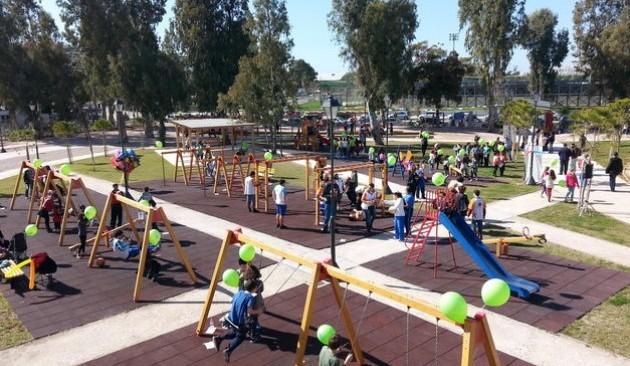 Παιδική χαρά για AMEA στο Παλαιό Φάληρο