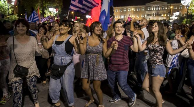 Μεγάλη έρευνα: Τι πιστεύουν οι Έλληνες μετά από πέντε χρόνια κρίσης