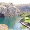 """Λίμνη Βουλιαγμένης: Αυθαίρετα, κατεδαφιστέα αλλά πλέον ...νόμιμα και """"τακτοποιημένα"""""""