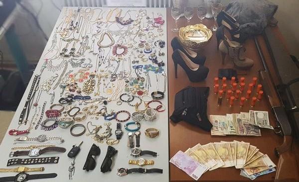 Εξαρθρώθηκε εγκληματική σπείρα που έκλεβε σπίτια στην νοτιοανατολική Αττική