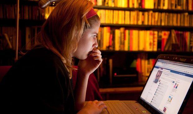 Νέοι φόροι στο διαδίκτυο και στη συνδρομητική τηλεόραση