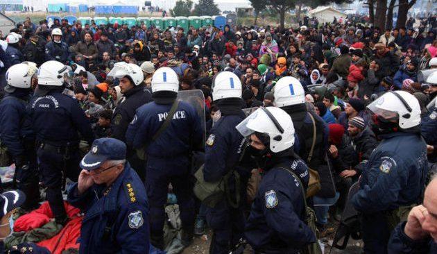 Μουζάλας: Μετά την Ειδομένη, θα αδειάσει το Ελληνικό (βίντεο)