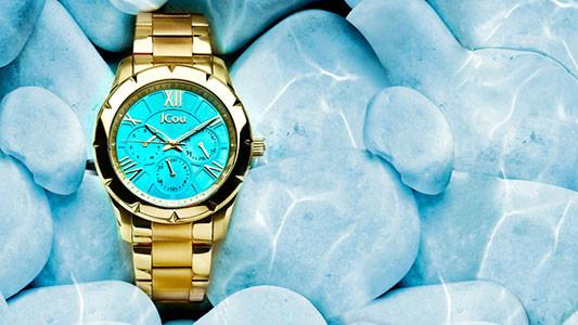 Κομψότητα όλες τις ώρες με γυναικεία και ανδρικά ρολόγια Χαριτίδη