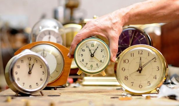 Την Κυριακή γυρίζουμε τα ρολόγια μια ώρα πίσω!
