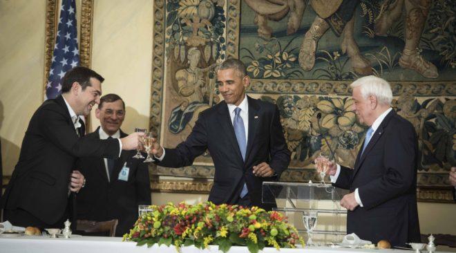 Ο Τσίπρας μιλάει ελληνικά με αμερικανική προφορά (βίντεο)