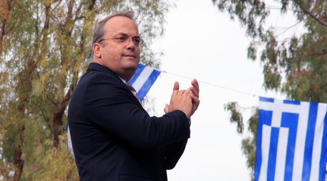 Επίθεση Κωνσταντέλλου στους εκπαιδευτικούς για τους πανηγυρικούς των επετείων