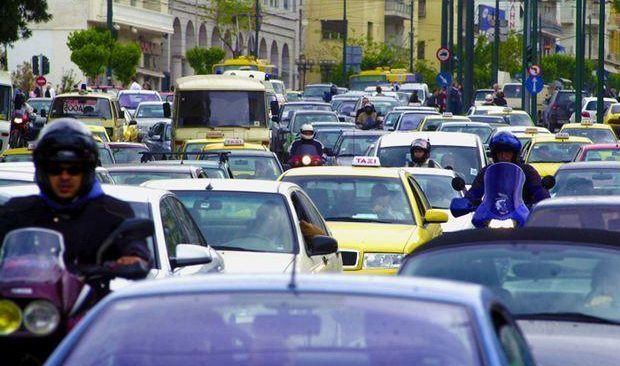 Κυκλοφοριακή συμφόρηση στην Αττική, λόγω της 24ωρης απεργίας στα μέσα σταθερής τροχιάς