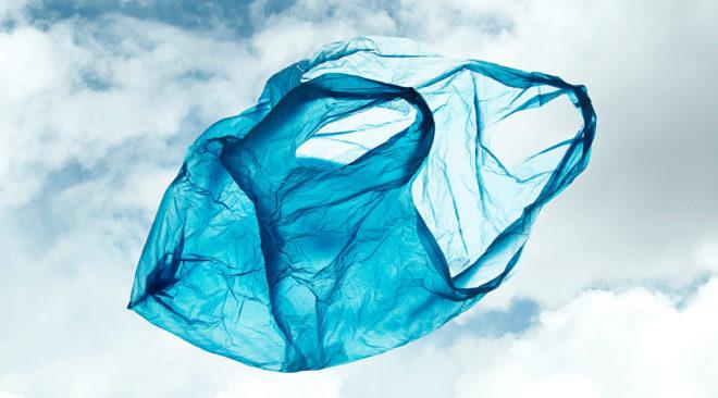 Η μάχη της πλαστικής σακούλας αποβαίνει ...νικηφόρα