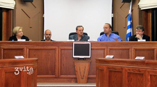 Βρέχει (ξανά) πρόστιμα στο Δημοτικό Συμβούλιο Βάρης Βούλας Βουλιαγμένης