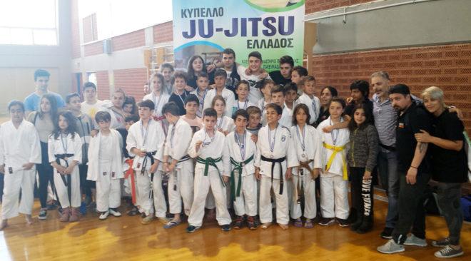 Σάρωσε τα μετάλλια στο Διασυλλογικό Κύπελλο Ju Jitsu ο Λεύκαρος