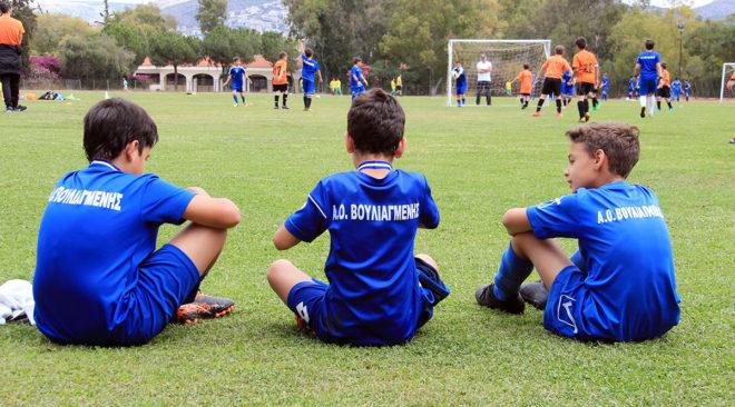 Γιορτή ποδοσφαίρου για μικρούς αθλητές στη Βουλιαγμένη