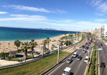 Μηχανοκίνητη διαδήλωση στην παραλιακή για τη ρύπανση του Σαρωνικού
