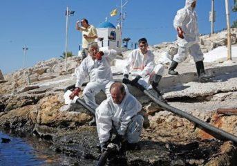Υπουργείο Ναυτιλίας: Χωρίς ρύπανση Βούλα, Βουλιαγμένη και Βάρκιζα
