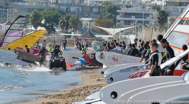 Στη Βάρκιζα το Long Distance Windsurfing Race 2017