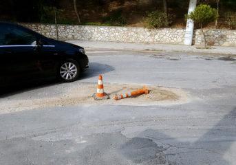 Οδός Παναγούλη, ο πιο επικίνδυνος δρόμος της Βουλιαγμένης (και ίσως των 3Β)