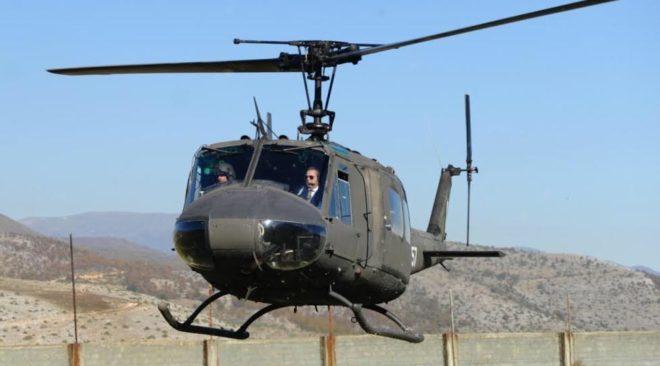 Καμμένος Κωνσταντέλλος πέταξαν μαζί με ελικόπτερο