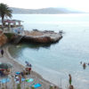 Προς κατεδάφιση η σκάλα της παραλίας Κανάρια στη Βάρκιζα