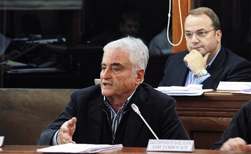 Δημοτικό Συμβούλιο 3Β: Χάρισαν 17.000 στον Στράτο Γιδόπουλο