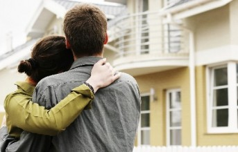 Επιστρέφει η πλήρης απαλλαγή από φορολογία τόκων πρώτης κατοικίας;