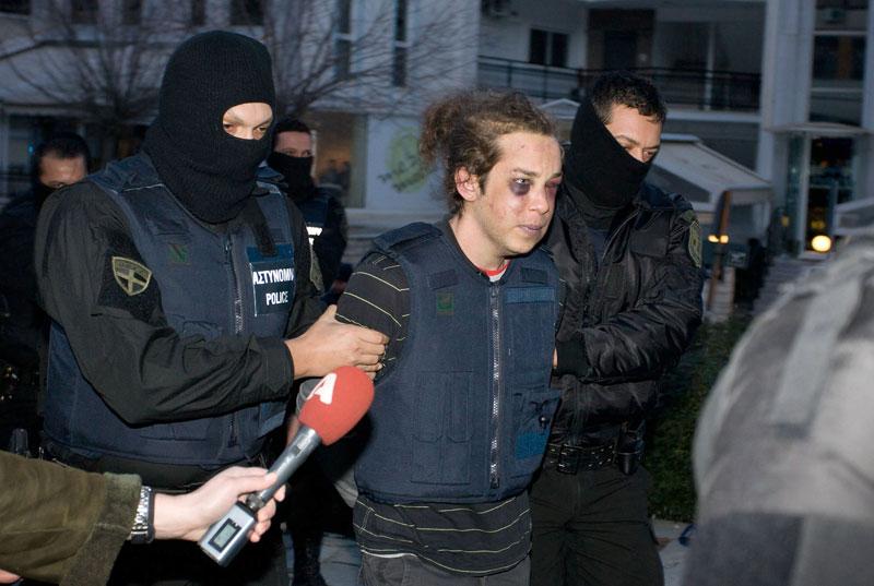 Ληστές, όχι τρομοκράτες οι πρωταγωνιστές του Βελβεντού, κατά τον εισαγγελέα