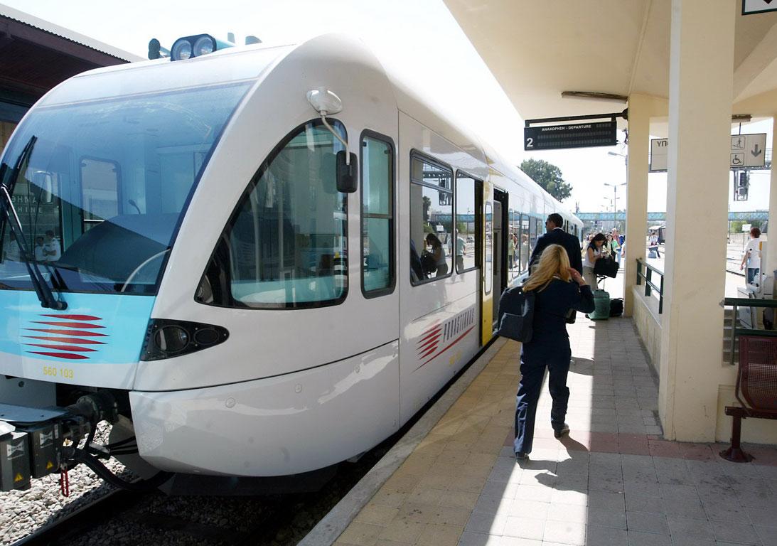 Χωρίς τρένα και προαστιακό σιδηρόδρομο την Τετάρτη λόγω απεργίας