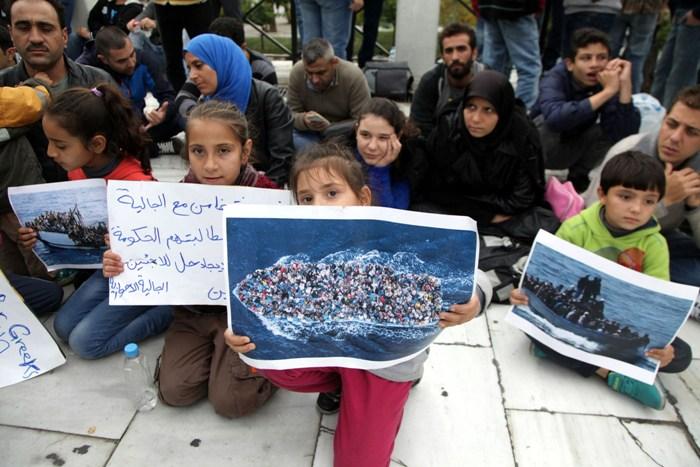 Δώστε άσυλο στους πρόσφυγες από τη Συρία ζητάει ο δήμος Αθηναίων