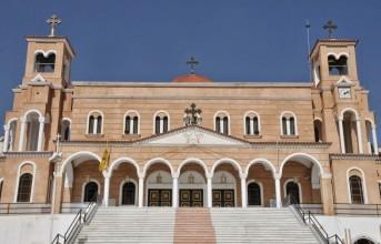 Απατεώνες ζητούν χρήματα στο όνομα της Εκκλησίας στο Πανόραμα