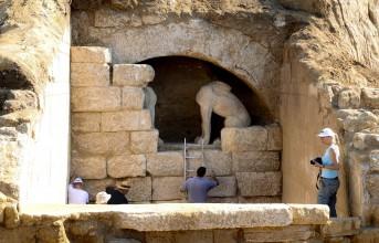 Πέντε οι νεκροί στον τάφο της Αμφίπολης
