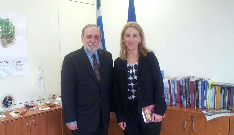 Συνάντηση Δούρου Με Κουβανό πρέσβη