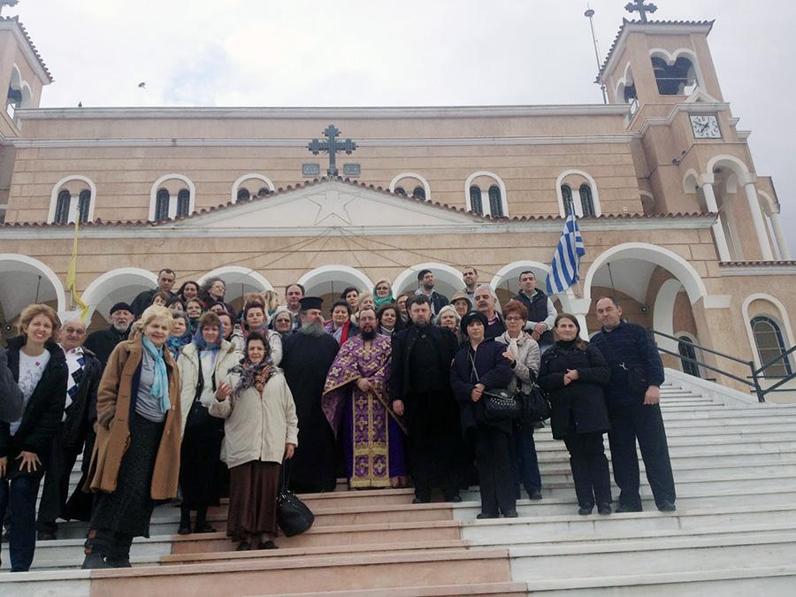 Σέρβοι προσκυνητές στο Πανόραμα Βούλας