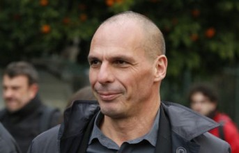 Βαρουφάκης: Άρρωστη αγελάδα η Ελλάδα