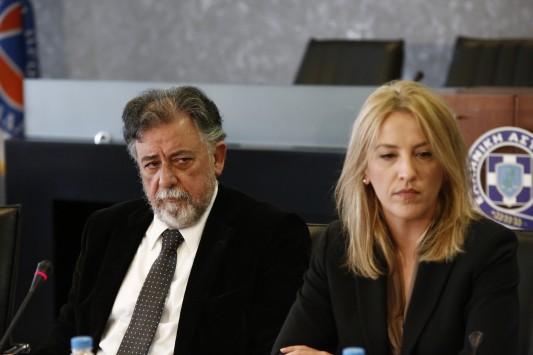 Κινητά αστυνομικά τμήματα σε όλη την Ελλάδα εξήγγειλαν Δούρου-Πανούσης