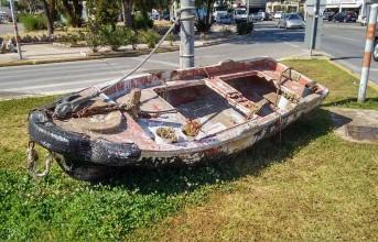 Δημοτική Βούληση: Μια βάρκα στη Βάρκιζα, μα ποια βάρκα;