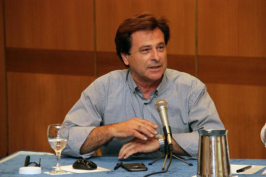 Υποψήφιος περιφερειακός σύμβουλος Αττικής ο Δημήτρης Κιούκης