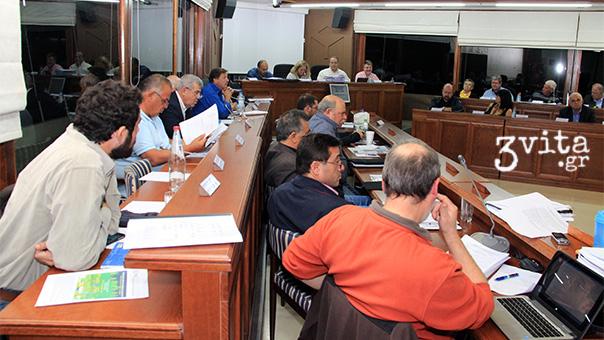 Στο Δημοτικό Συμβούλιο οι ενστάσεις για το Αθλητικό Κέντρο Βούλας