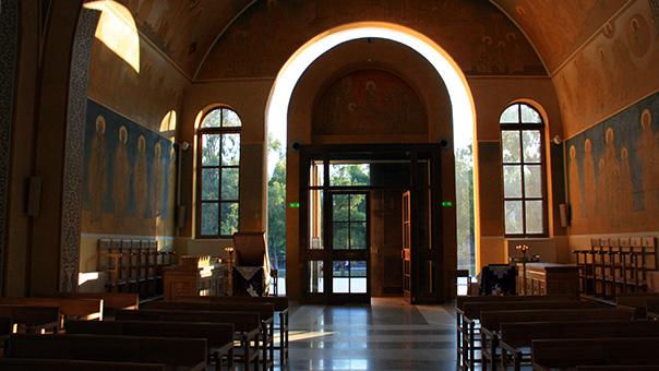 Παναγία Φανερωμένη στη Βουλιαγμένη: Παράδοση και πρωτοπορία