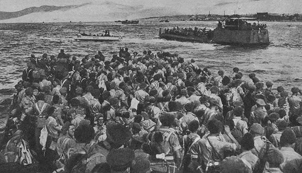 Ντοκουμέντα του Δεκέμβρη 1944 στο Κάμπινγκ Βούλας